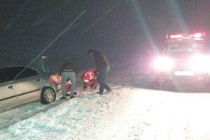 «برف» آزادراه تهران_ شمال را مسدود کرد - کراپشده