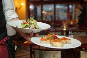 فیلم/ هزینه استوری برای تبلیغ رستوران ۴ میلیون تومان!