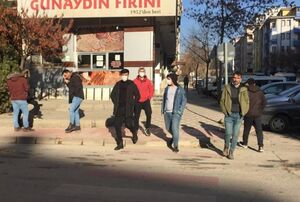 عکس/ مردم الازیغ ترکیه در خیابان ها پس از زلزله
