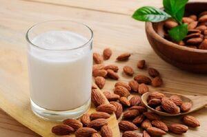 تغذیه دوران کرونا را جدی بگیرید/مراقب کمبود آب بدن باشید