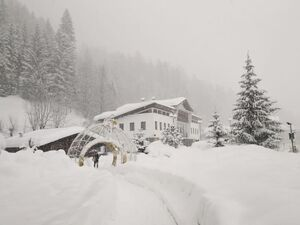 عکس/ برف و کولاک در ایتالیا