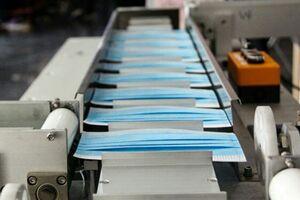 جهادیها دستگاه خودکار تولید ماسک ساختند/ تولید ۱۰۰ ماسک در دقیقه