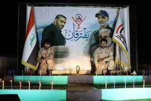 الحشد الشعبی در مرز عراق با سوریه برای شهیدان مقاومت شمع روشن کرد + تصاویر - کراپشده