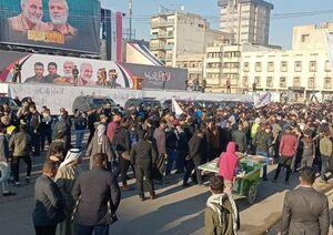 فیلم/ سیل جمعیت درحال حرکت به سمت میدان التحریر