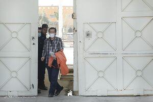 عکس/ آزادی ۱۷ زندانی جرائم مالی توسط خیرین