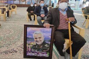 دلدادگی خانواده شهدای تشییع در کرمان؛ فاطمهام فدای مکتب حاجقاسم+ تصاویر - کراپشده