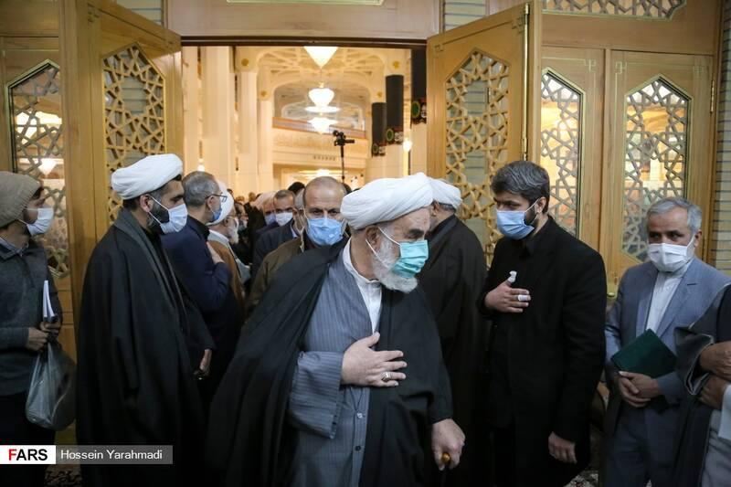 حجتالاسلام والمسلمین محمد محمدی گلپایگانی رئیس دفتر رهبر معظم انقلاب اسلامی
