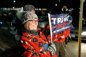 تجمع شبانه طرفداران ترامپ در واشنگتن