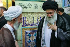 رهبر انقلاب مصباح یزدی