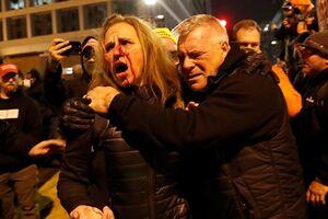 فیلم و تصاویر| اعتراضات خشن طرفداران ترامپ و درگیری با پلیس در واشنگتن