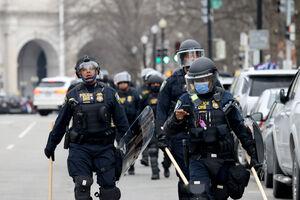 فیلم/ اعزام نیروهای امنیتی به سمت ساختمان کنگره آمریکا
