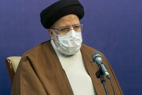 فیلم/ صحبتهای صریح دانشجوی سمنانی در حضور حجتالاسلام رئیسی