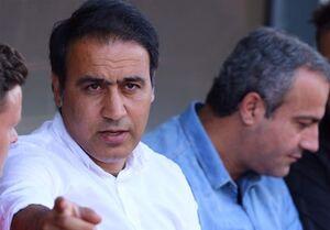 تماس مهدویکیا با مسئولان فدراسیون فوتبال برای رفع مشکل/ احتمال سفر به تهران قوت گرفت