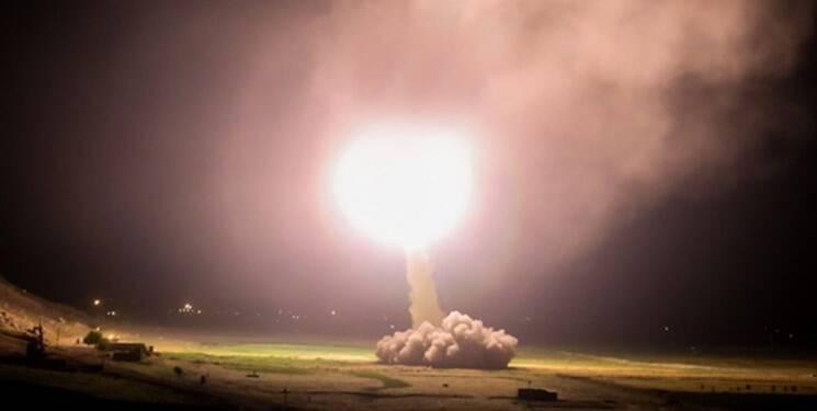 فیلم/ لحظه آغاز موشک باران پایگاه آمریکایی