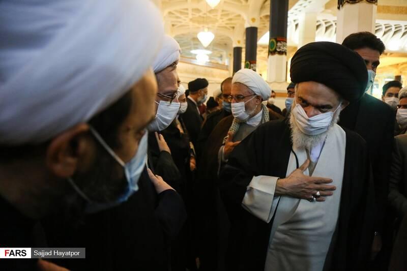 آیت الله حسینی بوشهری در گرامیداشت هفتمین روز ارتحال آیت الله مصباح یزدی در حرم حضرت معصومه (س)