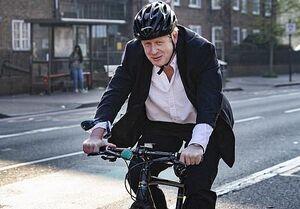 دوچرخهسواری جنجالی جانسون در ایام قرنطینه!