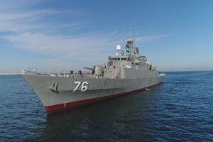 بزرگترین شناور نظامی کشور در مسیر دریا است