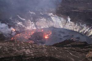 نمایی نزدیک از آتشفشان هاوایی