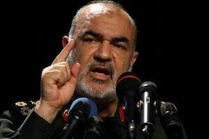 سرلشکر سلامی: دشمن بر «قائمه» نظام یعنی رهبر انقلاب متمرکز شده و هرچه ایشان بگوید جنجال راه میاندازند - کراپشده