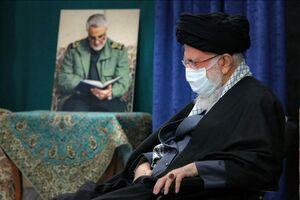 عکس/  قاب عکس حاج قاسم سلیمانی در کنار رهبر انقلاب