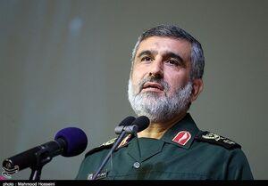 ارتش و سپاه در کنار هم هویت پیدا میکنند/ دلیل مخالفت رهبری با خرید تجهیزات نظامی