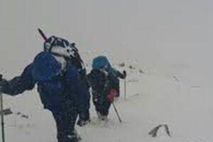 4 کوهنورد البرزی در ارتفاعات دماوند از مرگ نجات یافتند - کراپشده