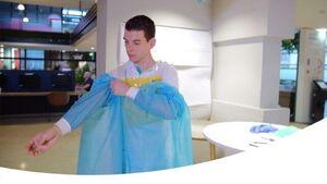 طراحی جلیقه خنک کننده برای کادر درمان +عکس