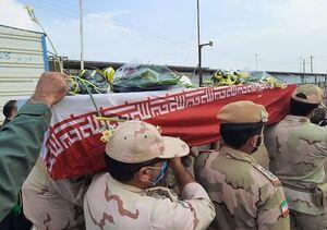 پیکر پاک ۵۵ شهید تازه تفحص شده وارد کشور شد +عکس