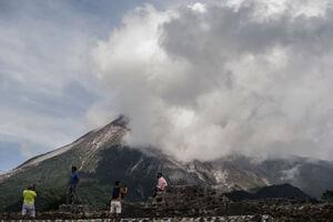 عکس/ زندگی در کنار آتشفشان فعال