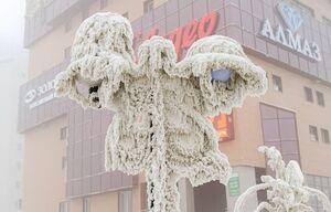 عکس/ چراغ یخ زده در سرمای روسیه
