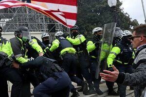 سیانان: آمریکا به مصداق مرگ دموکراسی تبدیل شده است