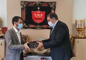 اختلاف میلیاردی رسولپناه با هیئت مدیره پرسپولیس