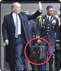 ماجرای «کیف هستهای»دست ترامپ چیست؟