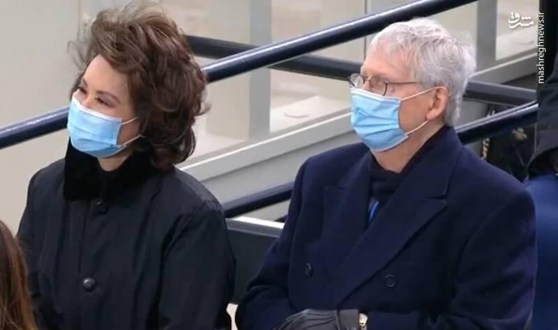 حضور میچ مک کانل رئیس مجلس نمایندگان آمریکا به همراه همسرش در مراسم تحلیف بایدن