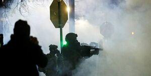 خشونت در چند شهر و به آتش کشیده شدن پرچم آمریکا