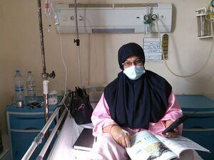 معلمی که از روی تخت بیمارستان هم تدریس را ترک نکرد