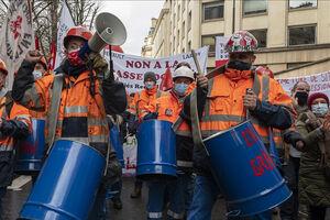 تظاهرات گسترده در پاریس