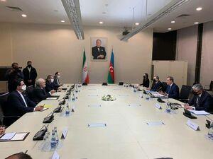 عکس/ دیدار ظریف با وزیر امورخارجه جمهوری آذربایجان