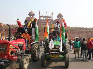 عکس/ درگیری پلیس هند با کشاورزان