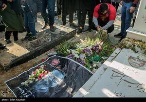 عکس/ خانه ابدی مهرداد فوتبال ایران