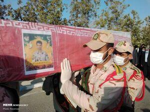 عکس/ تشییع پیکر سومین شهید مرزبانی هرمزگان