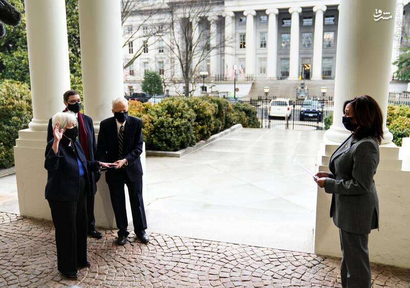 «جانت یلن» وزیر خزانهداری آمریکا کیست؟/ رئیس یهودی اتاق جنگ آمریکا علیه ایران را بهتر بشناسید +عکس و فیلم