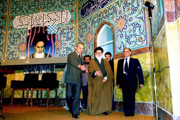 حسینیه ارشاد؛ سنگری برای مقابله با اسلامستیزی و اسلامزدایی پهلوی