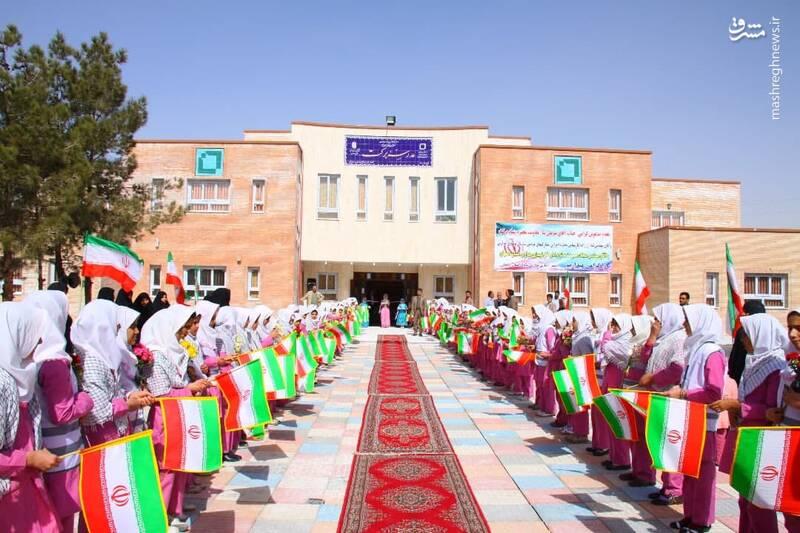 تحصیل ۱۰۰ هزار دانشآموز دختر در مدارس برکت