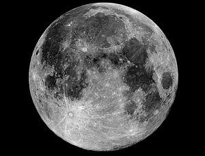 """فیلمی دیدهنشده و عجیب از """"ماه"""""""