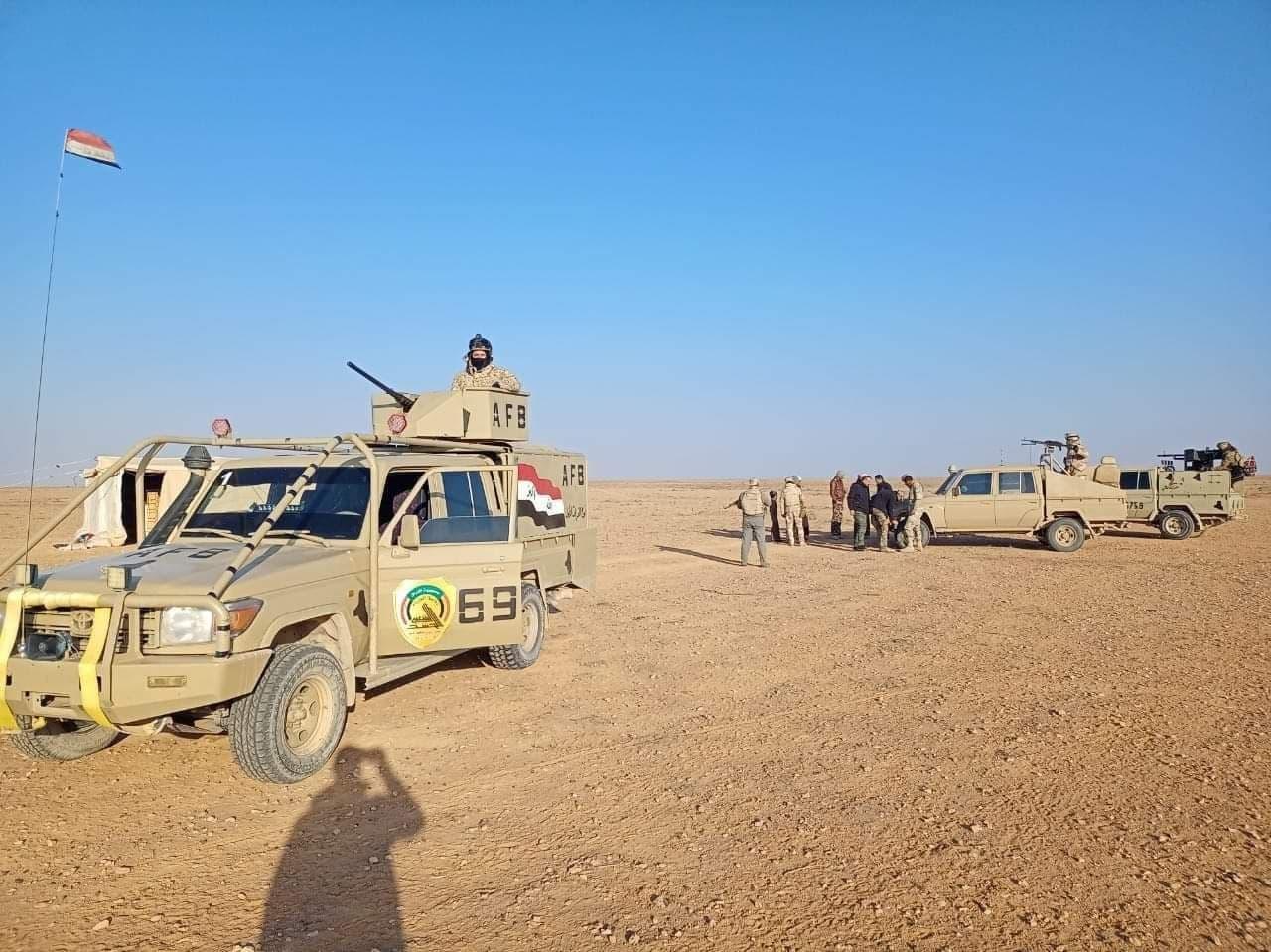 آخرین خبرها از نبرد در مهمترین پایگاه گروهک تروریستی داعش/ چرا نیروهای عراقی نمیتوانند به منطقه مرموز «حوران» نزدیک شوند؟ + نقشه میدانی و عکس