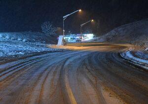 فیلم/ برف روبی در  محدوده تونل کندوان