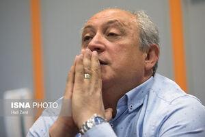 فریبا: آبیها آچمز شدهاند/ دست از سر استقلال بردارید!