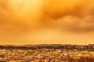 عکس/ رنگ آسمان نارنجی شد