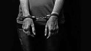 مامور قلابی هنگام استعمال مواد مخدر در لباس پلیس دستگیر شد